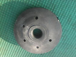 6RR72 LAMP BASE WEIGHT 8 1 2quot; DIAMETER 2quot; TALL 1 1 2quot; BORE VERY GOOD COND