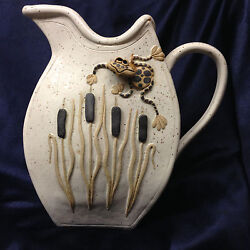 Bier Pottery Charlevoix Mi Whimsical Frog And Cattails Pitcher 56 Oz Tami 2004