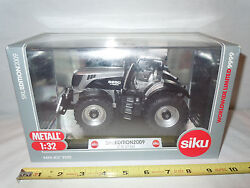 Jcb 8250 V-tronic With Mfwd 2009 Limited Edition By Siku 1/32nd Scale
