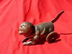 Vintage Pre-ww2 Tin Toy Tiger Cat On Wheels Tail Crank Winder 6 Long 4 Tall