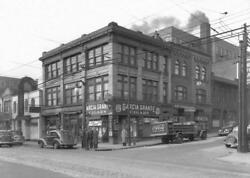 Photo. 1936-7. Pittsburgh Pa. Intersection By 3721 Forbes Ave