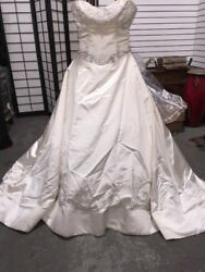 AUTHENTIC Reem Acra Wedding Style 3429 Dress Size 10 MAKE AN OFFER