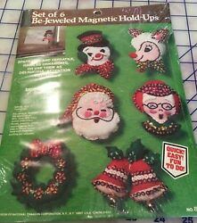 Vtg Paragon Be-Jeweled Magnetic Hold-Ups Set of 6 Felt Applique Ornaments Kit