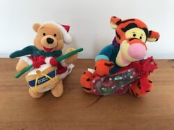 Disney Store 2001 Christmas Holiday Winnie The Pooh Drummer And Tigger Plush 8