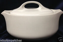 Midwinter England Style Oval Vegetable Bowl With Lid All White