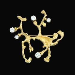 Viggo Wollny. 18k Gold Brooch with Diamonds 130ct.