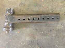 Tx17087 - A Used Right Hand Axle Holder For A Long 480 520 680 2360 Tractors