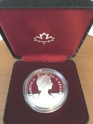 Canada 1984 Proof Silver Dollar Toronto Skyline Box And Paper, White Shiny Coin