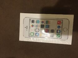 Apple Iphone 5s - 16gb - Silver Unlocked A1533 Brand New In Box