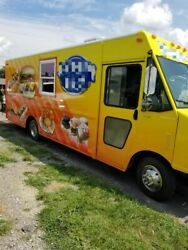 Fully Self-Contained Mobile Kitchen Food Truck for Sale in Virginia!