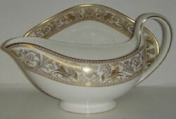 Wedgwood Florentine Gold W4219 Gravy Boat And Underplate