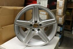 Mercedes 18x9.5 Machined Silver Reconditioned A2194011802