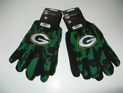 Two Pair Of Green Bay Packers Sport Utility Gloves From Forever Collectables