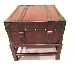 Rare Home Studded Leather Table Trunk Motif Antique Furniture