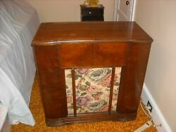 Vintage Sears Silvertone Record Player With Am Radio.local Pick Up Only.philly