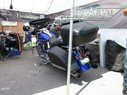 Batwing Fairing With 6x9 Speakers For Harley Davidson Road King - Gloss Black