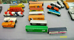 Vintage Lot Of 19 Train Car Set Tyco Sold As-is