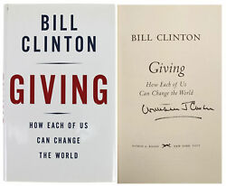 Bill Clinton Signed Giving 1st Edition Hard Cover Book W/full Name Bas A67830