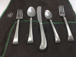 International Northford Pewter 5 Piece Place Setting Pewter Handle / Stainless