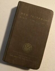 Vintage 1941 New Testament Pocket Bible To The Member Of The Army Rare -- 1381