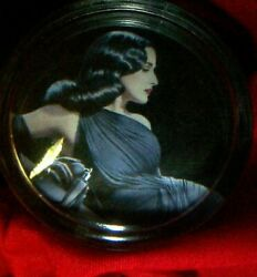 The Queen Of Cool Steering Wheel Spinner Knob Hot Rat Rod Pinup Girl