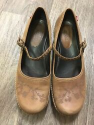 ECCO Mary Jane's brown leather tooled floral design Shoes Comfy SZ 37