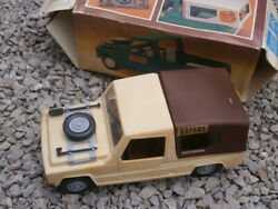 Vintage Renault 6 Rodeo Safari Wagon Truck Toy Gdr Plastic Friction