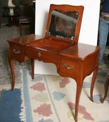 Furniture, Fruitwood Poudre Vanity, Queen Anne Style Fruitwood Dressing Table Wi