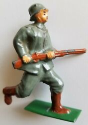 American Metal Co. Lead Toy Soldier Rare Am2 German Barclay Manoil