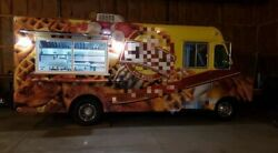 Fully Self-Contained GMC Step Van Kitchen Food Truck with Professional Kitchen f