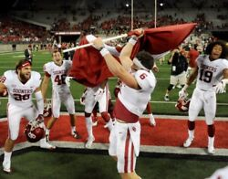 Baker Mayfield Oklahoma Sooners Plants A Flag At Ohio State Photo - Select Size