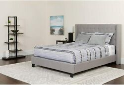 Riverdale Queen Size Tufted Upholstered Platform Bed In Light Gray Fabric New