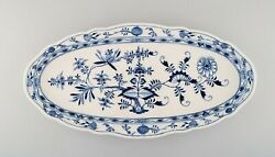 Colossal Antique Meissen Blue Onion Fish Dish In Hand-painted Porcelain.