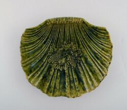 Clam Shaped Höganäs Art Nouveau Dish In Glazed Ceramics. Early 20th C.