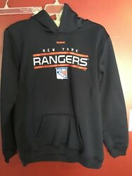 New York Rangers Pullover Hooded Sweatshirt (Youth XL Size 18) Large $2.99