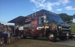 Turnkey 2001 Ford E450 Utilimaster 26and039 Step Van Donut And Dessert Truck For Sale