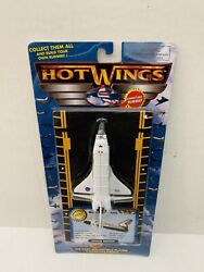 Hot Wings Planes Die Cast Space Shuttle - Collectors 2011 Edition