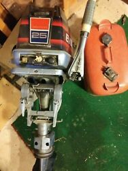 1974 Evinrude 25 Hp Outboard 2 Stroke With Tank