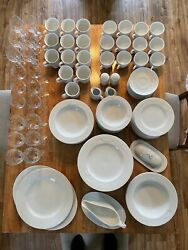 Mikasa Classic Flair White Vintage Dining Collection 94 Piece Set Serves 12
