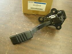 Nos Oem Ford 2005 2010 Mustang Gas Pedal Accelerator 2006 2007 2008 2009 Shelby