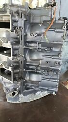 1994 Yamaha 250hp 2 Stroke Carburated Outboard Crankcase Block