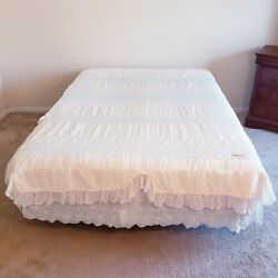 Vtg Victorian Embroidered Ruffle Bedspread Blue Ivory Dainty Light Padded Queen