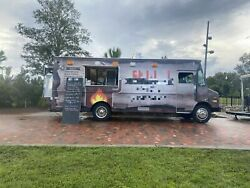 Low Mileage 26and039 Gmc Diesel Food Truck / Commercial Mobile Kitchen For Sale In Fl