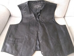 Leather Gallery Mens Motorcycle Leather Vest Black Sz 52 Snap Front Lined $45.95
