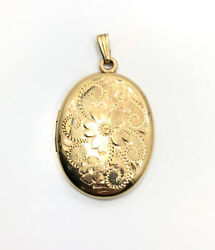 Vintage Mid Century Yellow Gold Filled Detailed Flower Oval Locket Charm Pendant