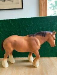 Breyer Traditional Shire Draft Horse in Honey Sorrel EXCELLENT CONDITION