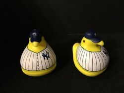 New York Yankees Sga Set Of Two Peeps Chicks With Nyy Uniform And Cap