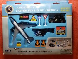 Daron Airport Playset Rt 5731 Air Force One Die Cast And Plastic Parts 12 Pcs