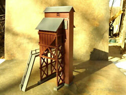 Ho Scale Model Railroad Red 8tall Cooling Station For Steam Engines