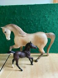 Breyer Traditional quot;Proud Mare and Newborn Foal Setquot; 1993